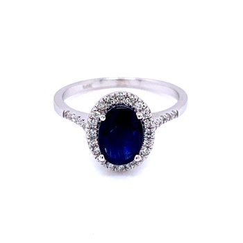 Royal Elegance Sapphire & Diamond Ring