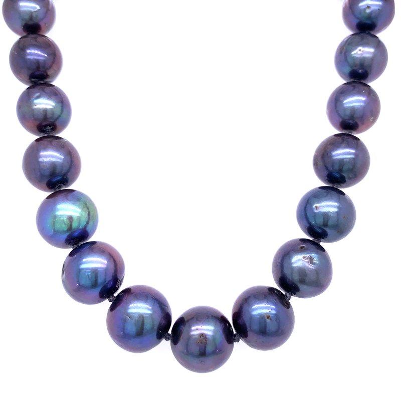 Bryan Beauties Black Pearls