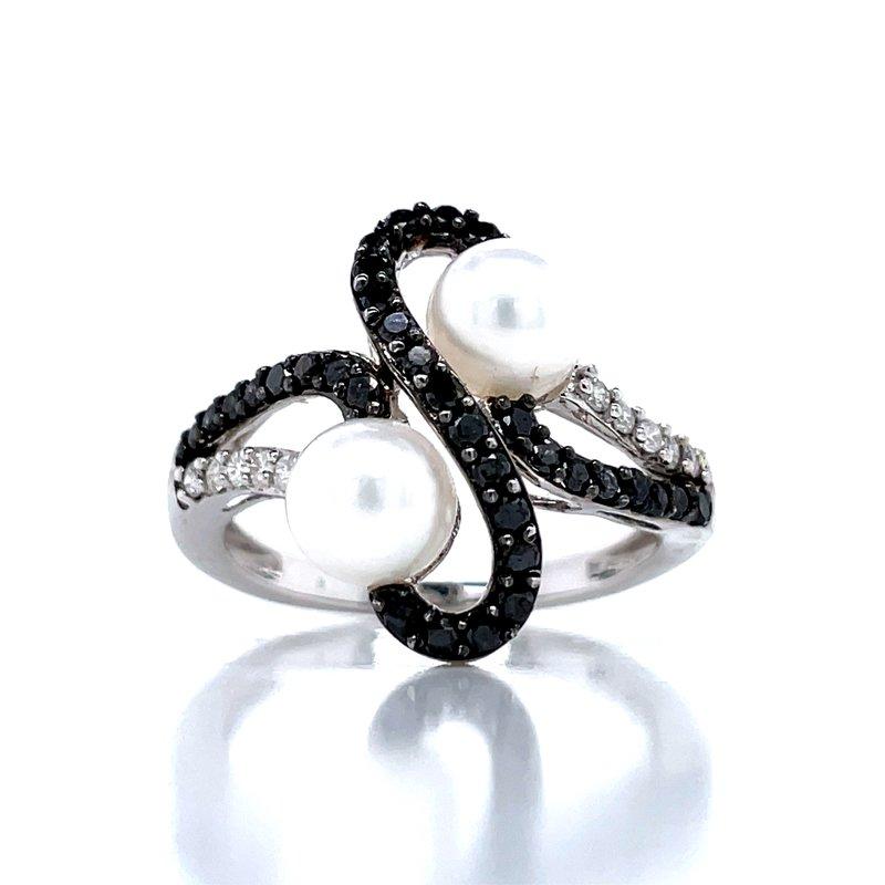 Bryan Beauties Black Diamond White Pearl Fashion Ring