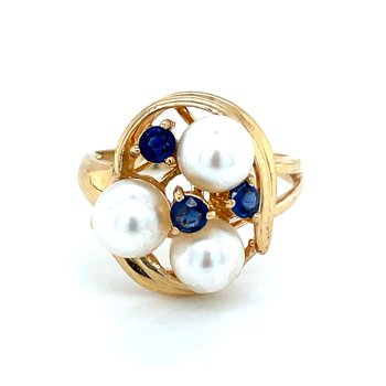 Sapphire & Pearl Ring