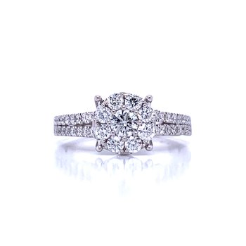 Classic Good Look Engagement Ring