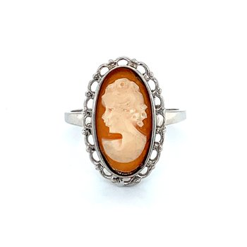 Cameo Ring in Silver
