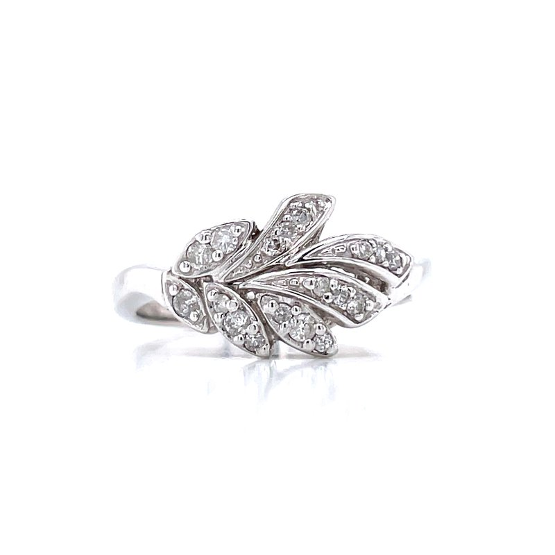 Bryan Beauties Fun with Diamond Fashion Ring