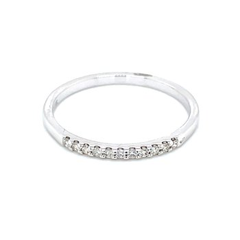 11 Diamond Shared Prong Band-1/10ctw-14kw