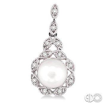 Vintage Style Pearl & Diamond Pendant