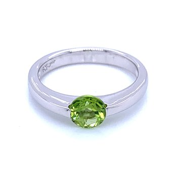 Contemporary Lines Peridot Ring