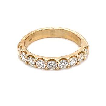 7 Diamond Shared Prong Band 1ctw 14ky