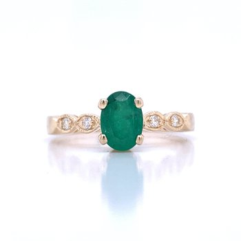 Simply Stunning Emerald Ring