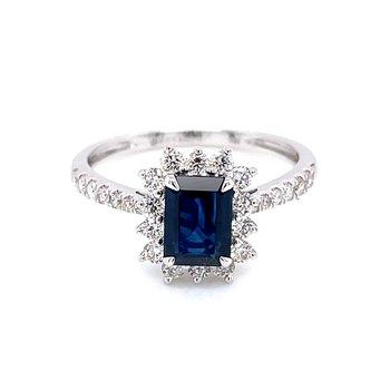 Elegant Sapphire & Diamond Ring
