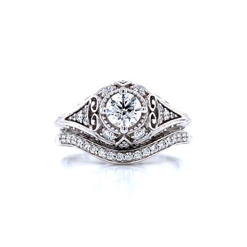 Romance Classic Diamond Wedding Set