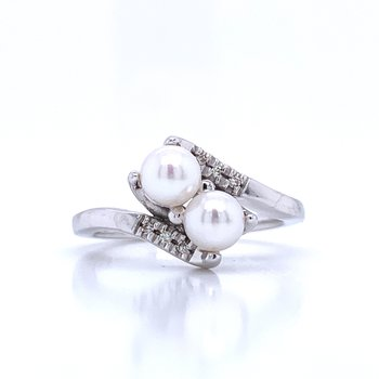 Twin Pearl Ring with Bypass Shank