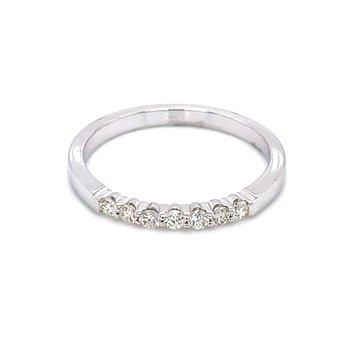 7 Diamond Shared Prong Band 1/5ctw 14kw