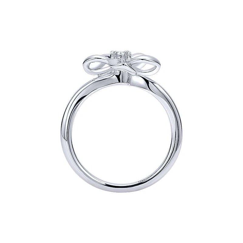 Bryan Beauties White Sapphire Fashion Ring