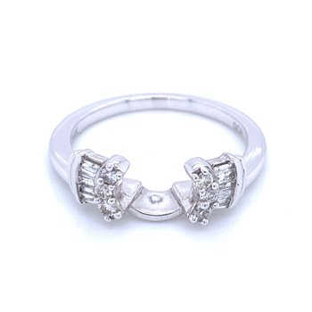 Wrap Your Engagement Ring in Beauty