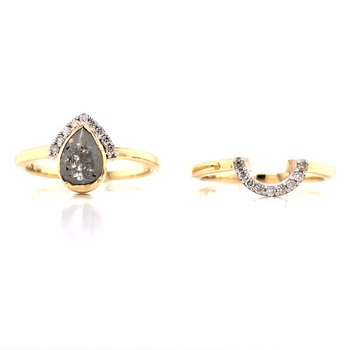 Salt & Pepper Pear Shaped Wedding Set
