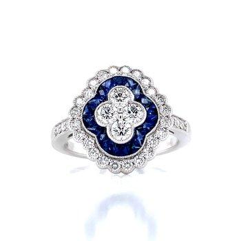 Luxurious Sapphire & Diamond Ring