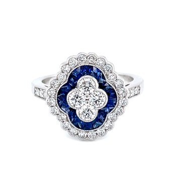 Luxurious Sapphire & Diamond Ring