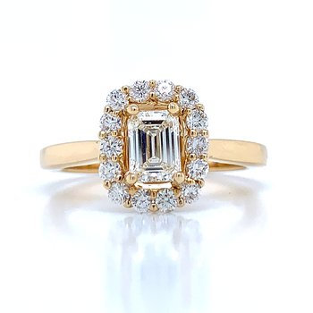 Exquisite Emerald Cut in 14ky