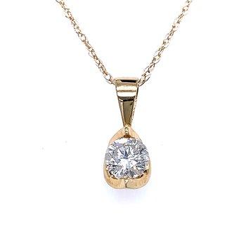 Solitaire Diamond Pendant yellow gold