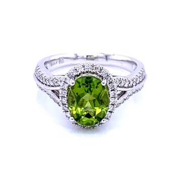 Lavish & Refreshing Peridot Ring