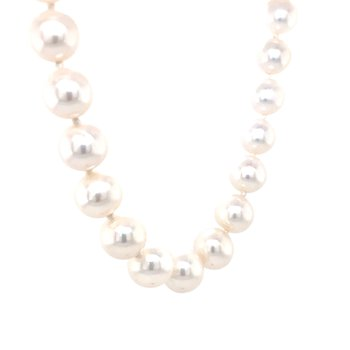 Freshwater Cultured Pearls 9-9.5mm Strand