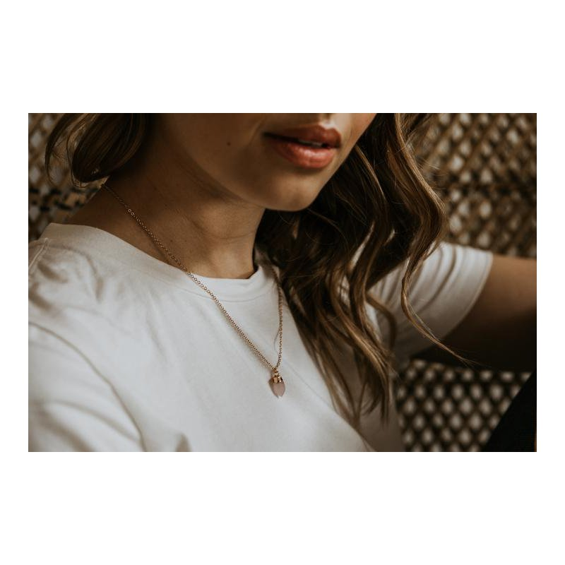 "eLiasz and eLLa ""Sweet Drop"" Necklace in Rose Quartz"