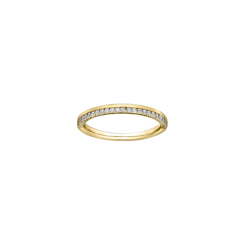 D of D Signature Diamond and gold band