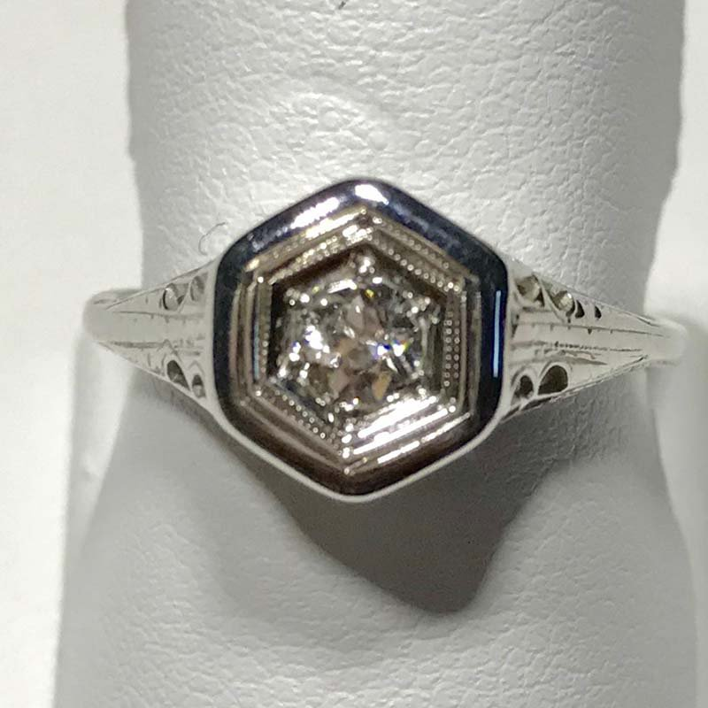 Antique & Estate Art Deco Diamond Ring