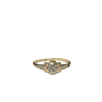 10k Vintage Diamond Ring