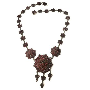 Bohemian Garnet Necklace