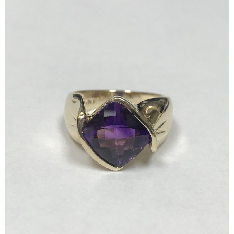 Antique, Estate & Consignment Amethyst Bypass Ring