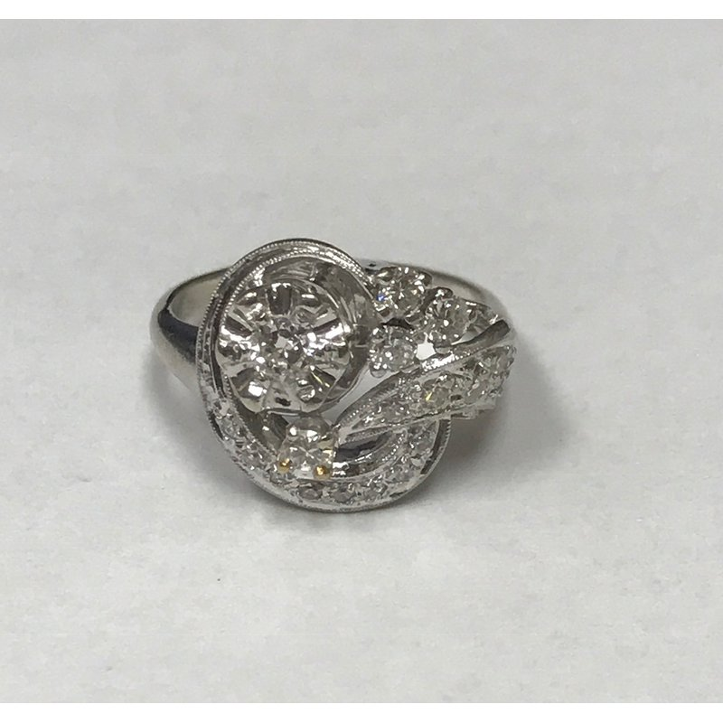 Antique, Estate & Consignment Diamond Cluster Fashion Ring