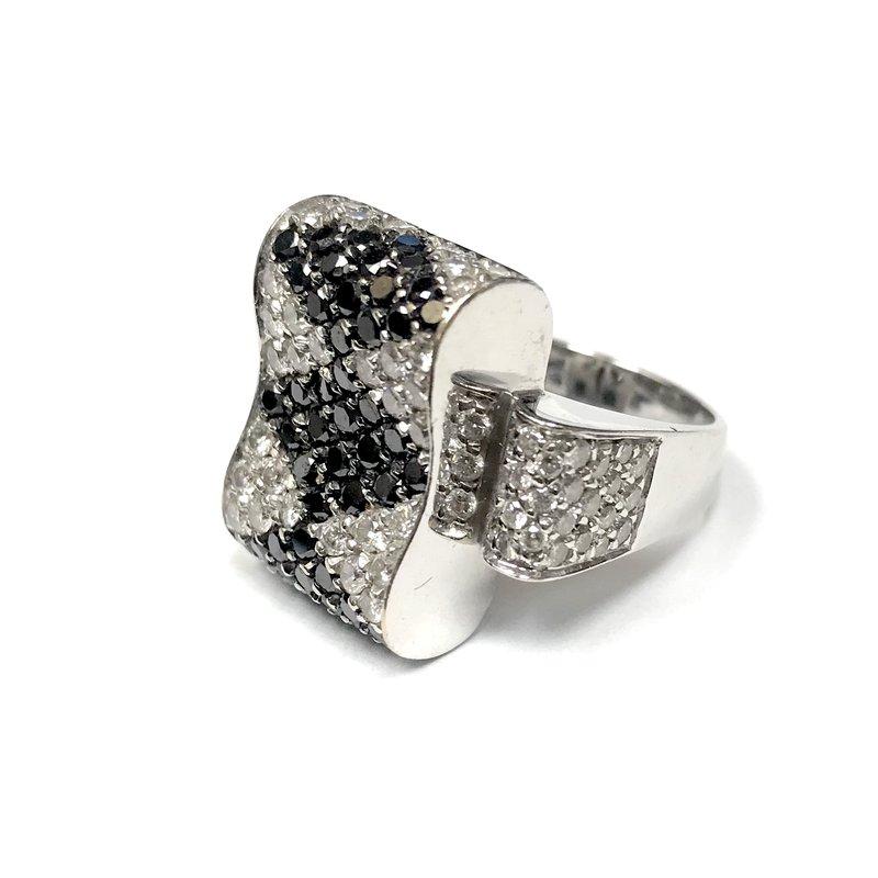 Antique, Estate & Consignment Black Diamond & Diamond Bow Ring