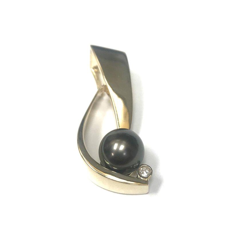 Antique, Estate & Consignment 14k Black Pearl & Diamond Pendant