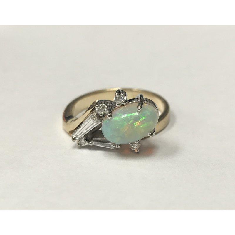 Antique, Estate & Consignment Contemporary Opal & Diamond Ring