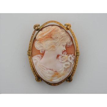 Cameo Pin - Gold Filled