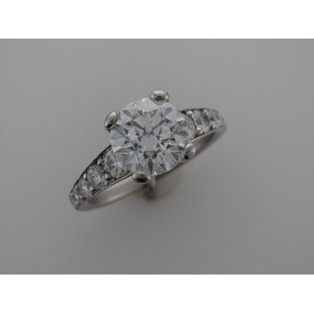 Diamond Engagement Ring With Tapered Sides