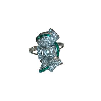 Diamond & Emerald Vintage Cocktail Ring