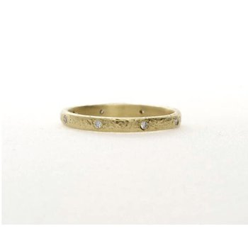 Textured Scatter Diamond Band