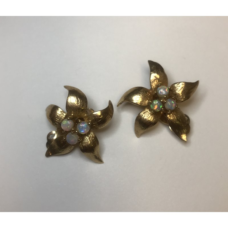 Antique, Estate & Consignment Flower Opal Clip On Earrings