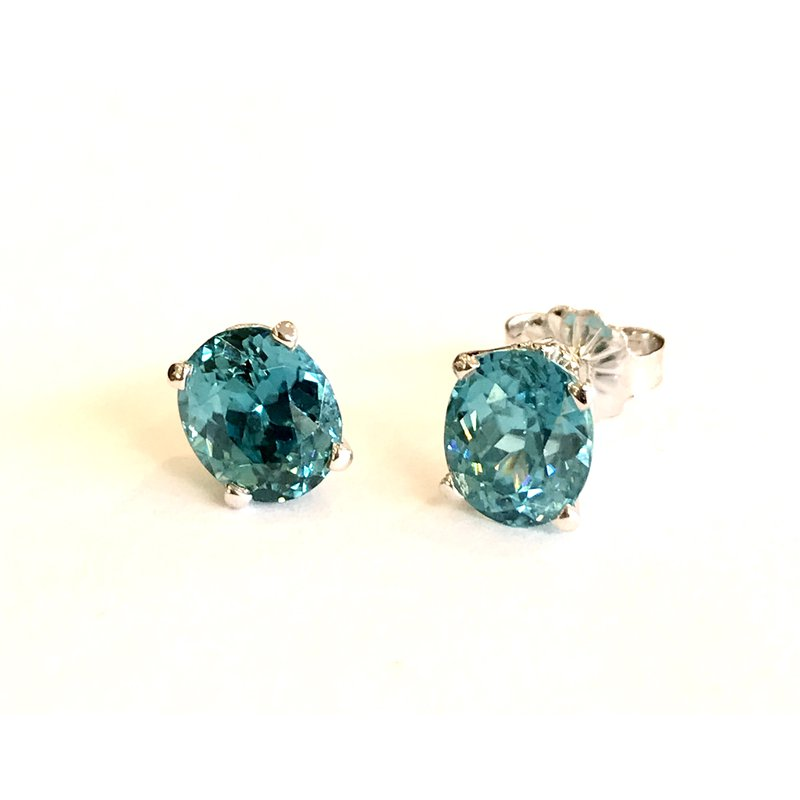 Hurdle's Jewelry Collection Blue Zircon Stud Earrings