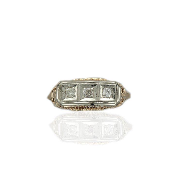 Antique, Estate & Consignment Three Stone Vintage Ring