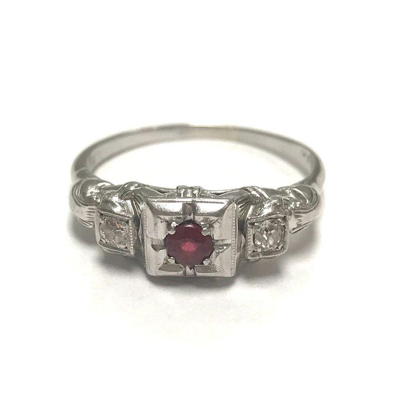 Antique, Estate & Consignment Filigree Garnet Doublet Ring