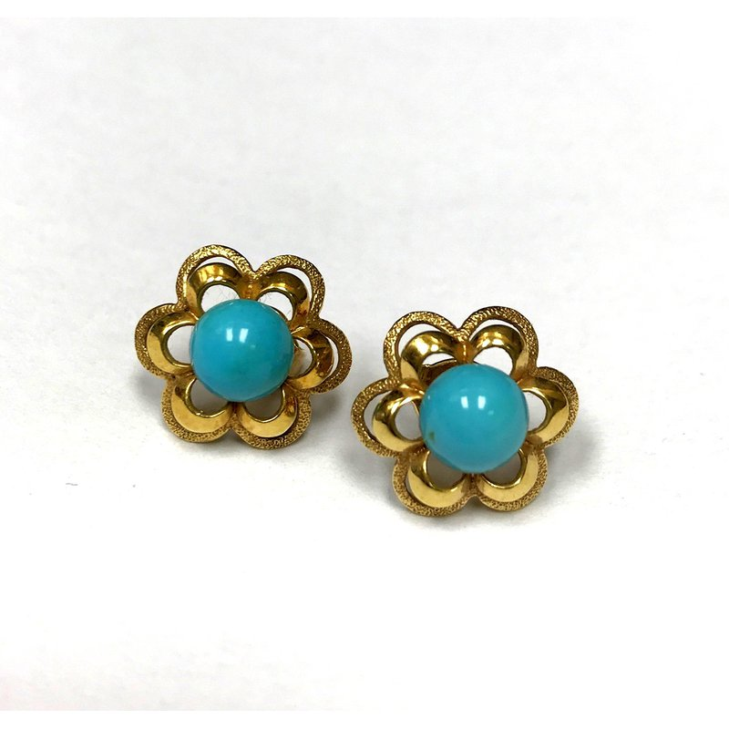 Antique, Estate & Consignment Turquoise Stud Earrings