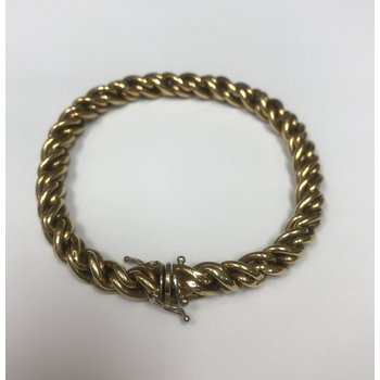 Twisted Link Gold Bracelet