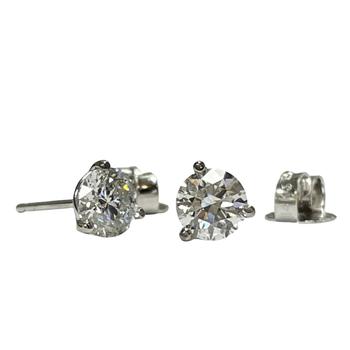 1.00 Carat TWT Diamond Studs