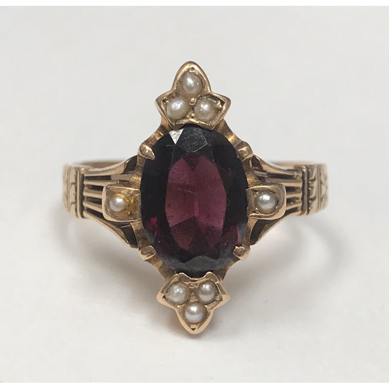 Antique, Estate & Consignment Vintage Garnet & Seed Pearl Ring