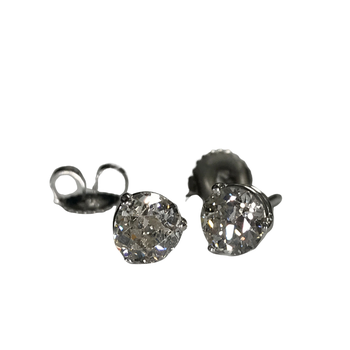 18k 1.43 Carat Diamond Stud Earrings