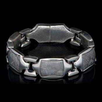BR13 Meteor Retro Bracelet