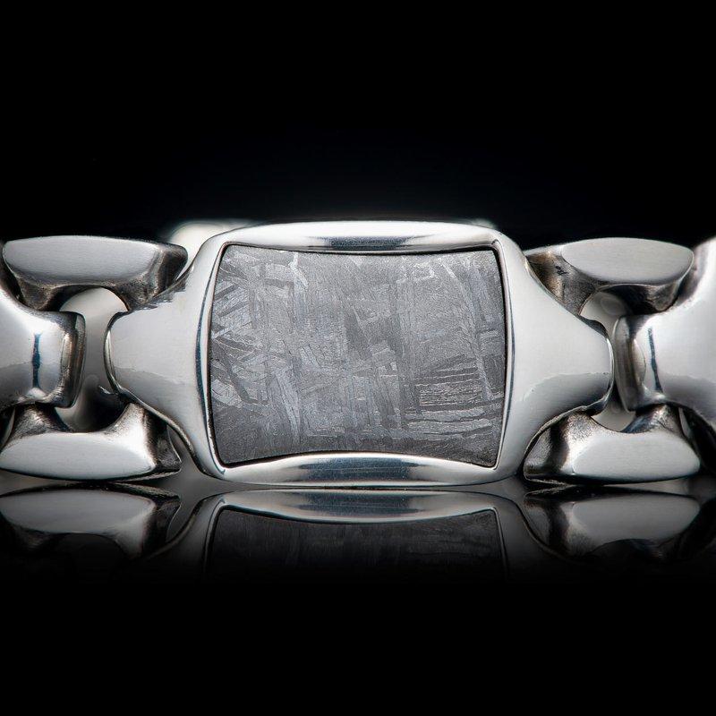 William Henry BR13 Meteor Retro Bracelet